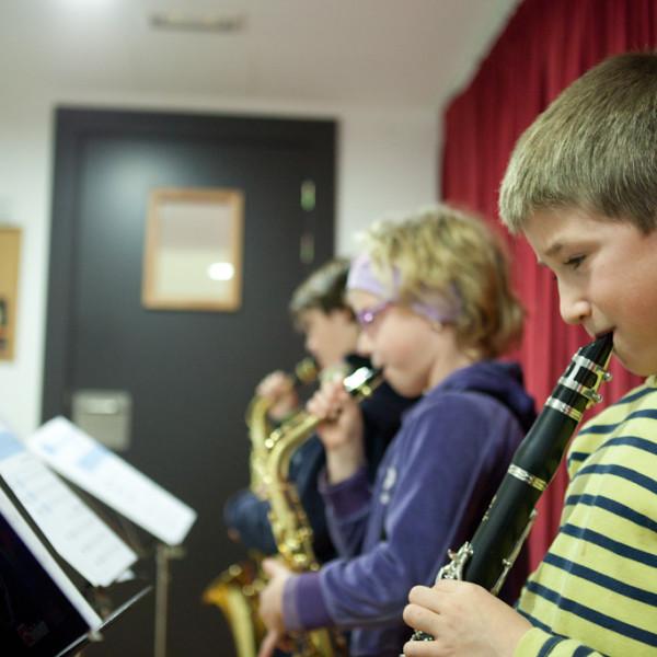 L'Escola Municipal de Música Llavaneres publica una borsa de treball de diverses especialitats