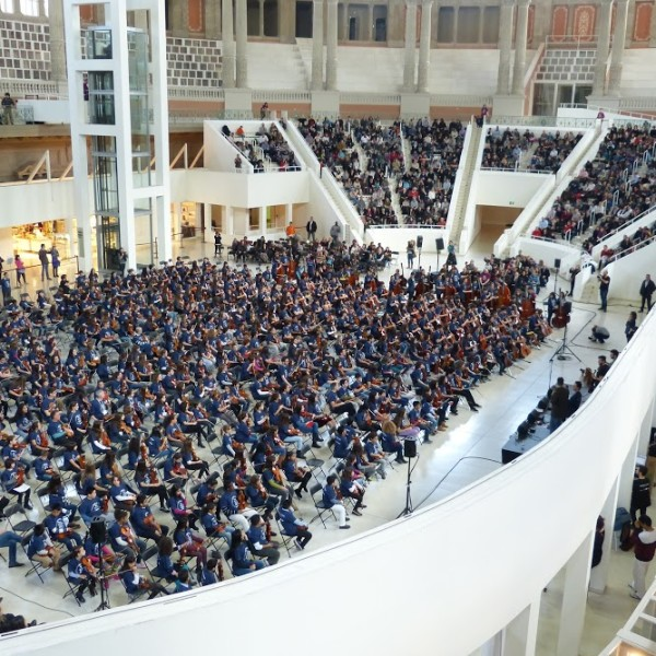 La Trobada Fiddle ha reunit més de 500 alumnes de corda fregada de 28 escoles de música de Catalunya