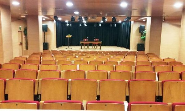 L'escola municipal de música d'Olesa de Montserrat necessita cobrir plaça de trompa