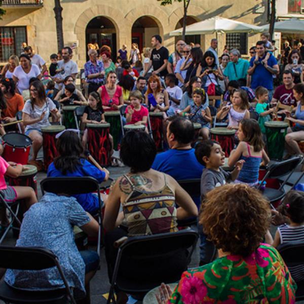 Cercles de percussió. Construint comunitat més que no pas  audiències