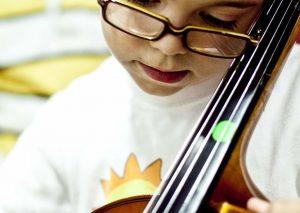 L'EM de les Garrigues necessita cobrir 2 baixes de violoncel i llenguatge musical