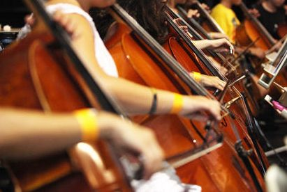 S'ha obert un procés selectiu d'un/a professor/a de Violoncel a l'Escola Municipal de les Arts de Santa Perètua de Mogoda