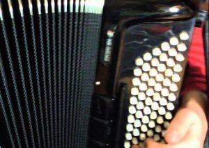L'Escola de Música de Canet necessita incorporar professor/a d'acordió cromàtic.