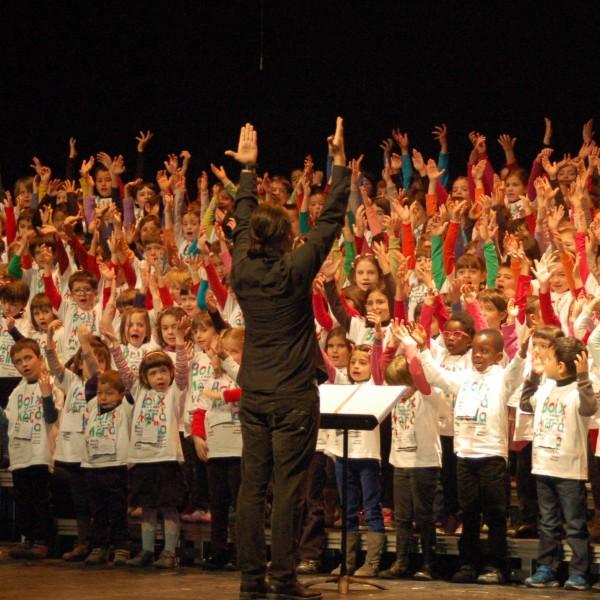 865 alumnes participen a la 7a Cantata infantil de la Catalunya Central al Kursaal de Manresa