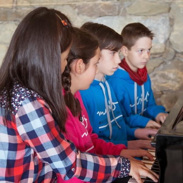 """VI Concert Sala Piano """"Piano entre cordes"""" a la Masia de Castelladral"""
