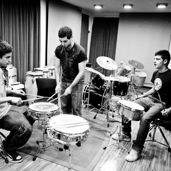 L'EM Contrapunt del Baix Penedès necessita professor/a de bateria, percussió, combo i harmonia