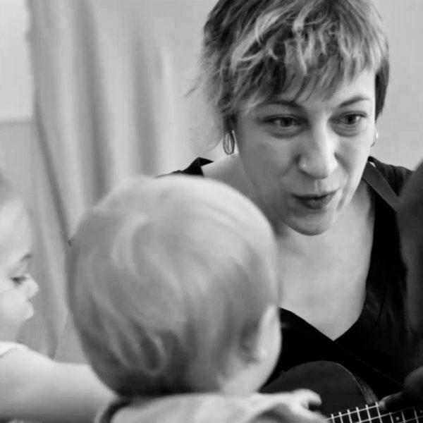 """Curs ACEM: """"Dels 3 als 6 i més enllà: explorem, creem i improvisem!"""" amb Alba Pujol"""