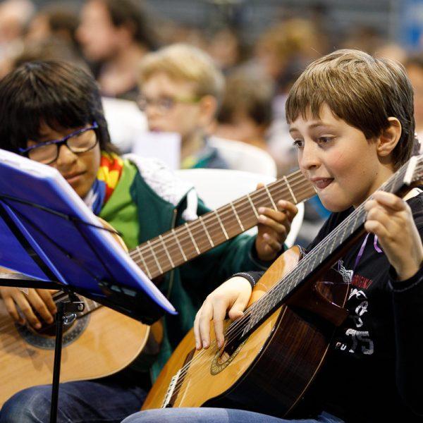 L'EMM de Balsareny necessita incorporar urgentment professor de guitarra
